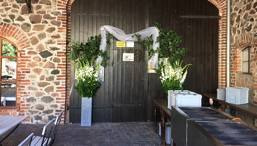 Flower and Living in Magdeburg – Hochzeit Tor 2